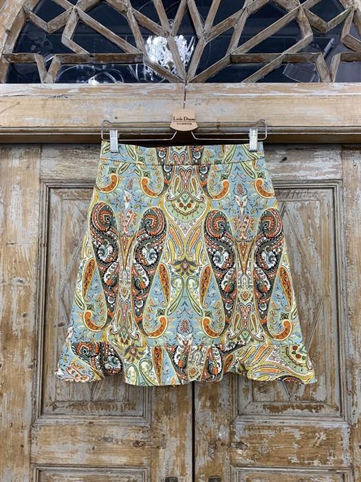 ЮБКА (ТРАПЕЦИЯ, МИНИ, с воланом, из джинсовой ткани в огурцы) - фото 10847