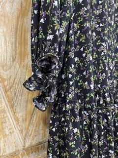 ПЛАТЬЕ МИНИ свободное, с воротником стойкой, оборками и пышными рукавами (из вискозы в цветочек) - фото 10703