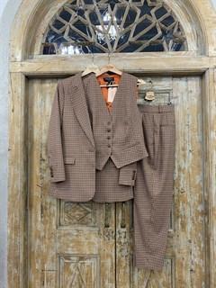 ЖИЛЕТКА для костюма-тройки (из полушерсти в клетку) - фото 10739