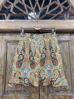 ЮБКА (ТРАПЕЦИЯ, МИНИ, с воланом, из джинсовой ткани в огурцы) - фото 10851