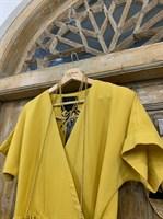 ПЛАТЬЕ МИДИ-ЛЕН НА ЗАПАХЕ из желтого льна - фото 6920