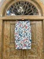 ЮБКА-КАРАНДАШ миди, цветы, длина 67 см