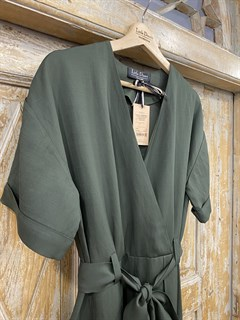 КОМБИНЕЗОН, широкие брюки с защипом в пол, верх на запАхе, короткий рукав (Лен/Вискоза) - фото 7845