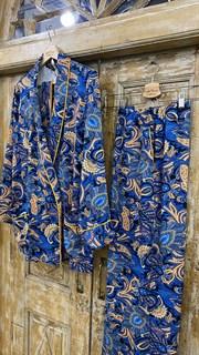 БРЮКИ свободные в пижамном стиле на мягкой резинке (из вискозы в огурцы) - фото 8541