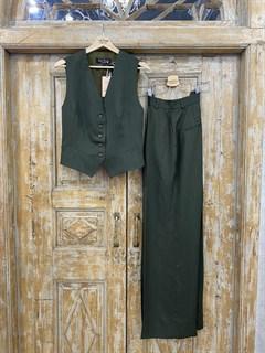 ЖИЛЕТКА для костюма-тройки (из Льна с вискозой) - фото 8641