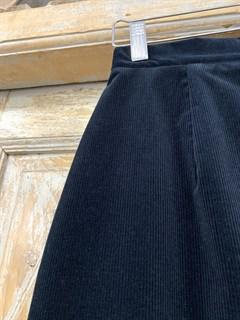 ЮБКА-карандаш (зауженная, высокая шлица) вельвет, длина 70 см - фото 9843
