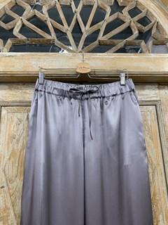 БРЮКИ свободные в пижамном стиле на мягкой резинке (из атласа) - фото 9963